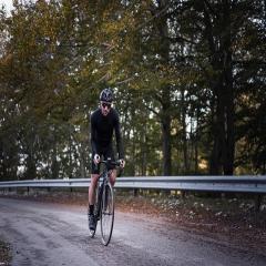 BLACK FRIDAY!!!!  Approfittane degli sconti💪 Il 15% di sconto su un'ordine minimo di 100€ #vestilatuapassione  . . . #blackfriday #cycling #ciclismo #madeinitaly #road #mtb #cyclinglife #passion #fattoamano #alexanderbikewear #🇮🇹